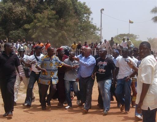Daruruwan jama'a ne suka shiga zanga-zanga don ganin an sake gudanar da zaben shugabancin kasar Guinea Bissau