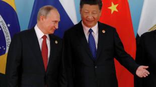 本周二中俄两国领导人出席在厦门举行的金砖峰会资料图片