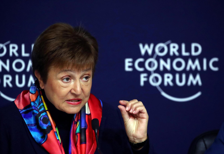 A diretora-gerente do FMI, Kristalina Georgieva, divulgou o informe econômico mundial em Davos.
