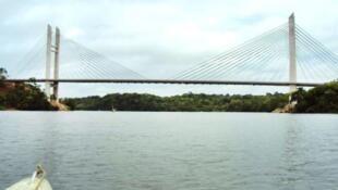 Ponte entre o Brasil e a Guiana Francesa