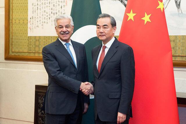 中國外交部長王毅會晤巴基斯坦外交部長阿西夫。2017-09-08
