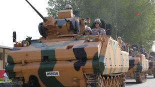 Un engin blindé turc à Doha (Qatar) le 18 juin 2017. Dans les exigences des quatre pays figure la fermeture de la base militaire turque.