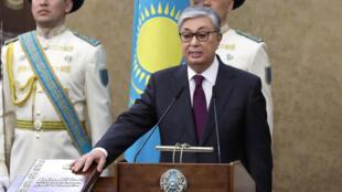 Новый президент Казахстана был приведен к присяге в среду, 20 марта 2019 г.