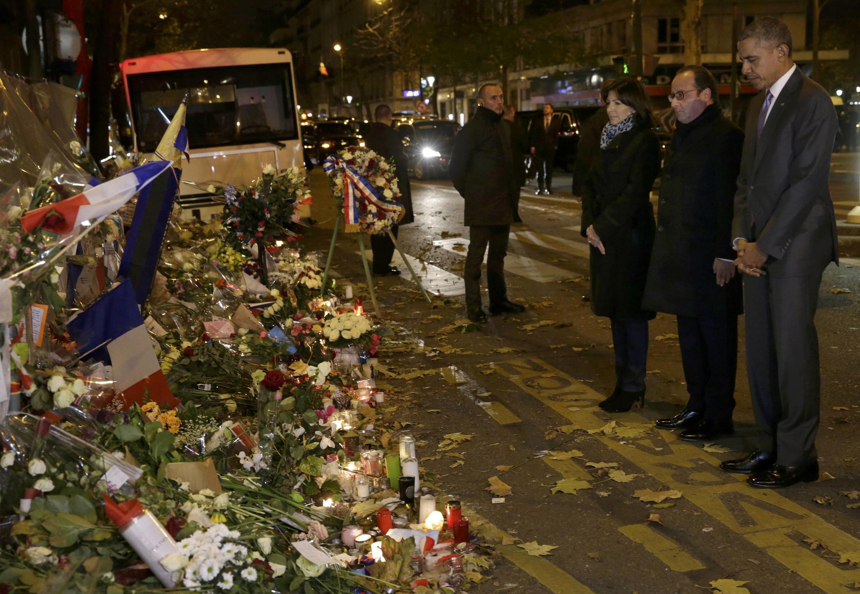 Shugaba Obama da shugaba Hollande da magajiyar garin Paris Hidalgo a bukukuwan tuna harin Paris