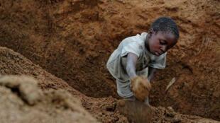Trabalho Infantil. Imagem de Arquivo.