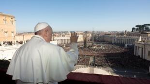 2019年12月25日教皇方濟各做聖誕祝禱