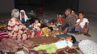 Desplazados de la minoría Yezidí, refugiados en la provincia de Dohuk, en el norte de Irak, 9 de agosto de 2014.