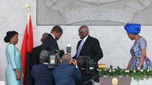 Depois de 38 anos no poder, José Eduardo dos Santos passou o testemunho ao novo presidente, João Lourenço, a 26 de setembro de 2017.