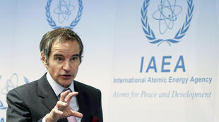 Ông Rafael Mariano Grossi, tổng giám đốc Cơ Quan Năng Lượng Nguyên Tử Quốc Tế (AIEA) trả lời truyền thông bên lề cuộc họp của Hội Đồng Thống Đốc AIEA tại Vienna, Áo, ngày 01/03/2021.