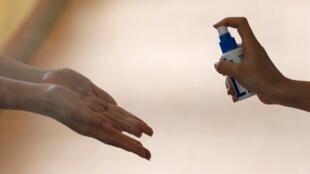 Una de las mejores protecciones contra el coronavirus es lavarse las manos.