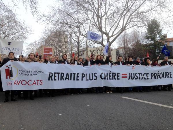 Les avocats dans le cortège parisien, samedi 11 janvier.