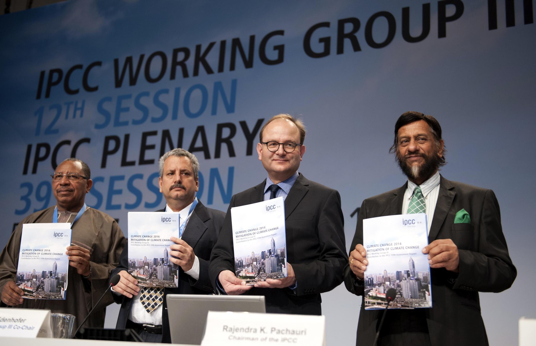 ក្រុមជំនាញអន្តររដ្ឋាភិបាលស្តីពីអាកាសធាតុ (IPCC/GIEC) នៅពេលចេញរបាយការណ៍អាកាសធាតុ កាលពីឆ្នាំ២០១៤