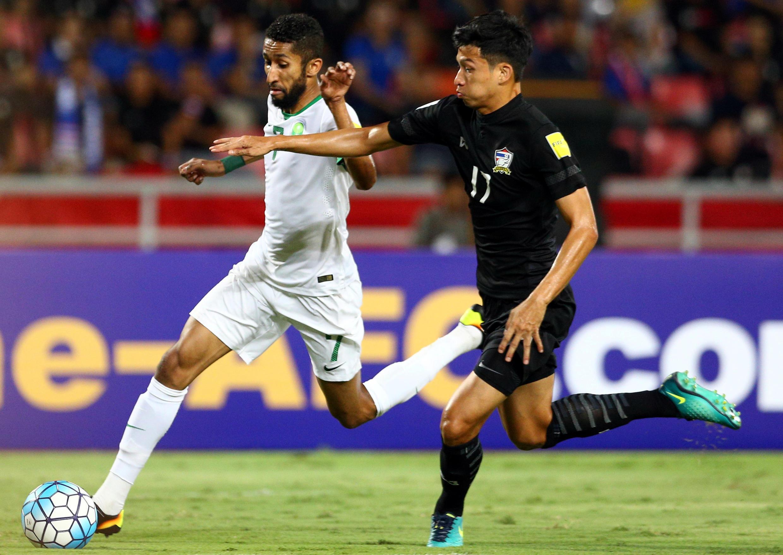 Cầu thủ Thái Lan Tanaboon Kesarat trong trận gặp Ả Rập Xê Út, tại vòng loại thứ 3 World Cup 2018 tại Bangkok, ngày 23/03/2017.