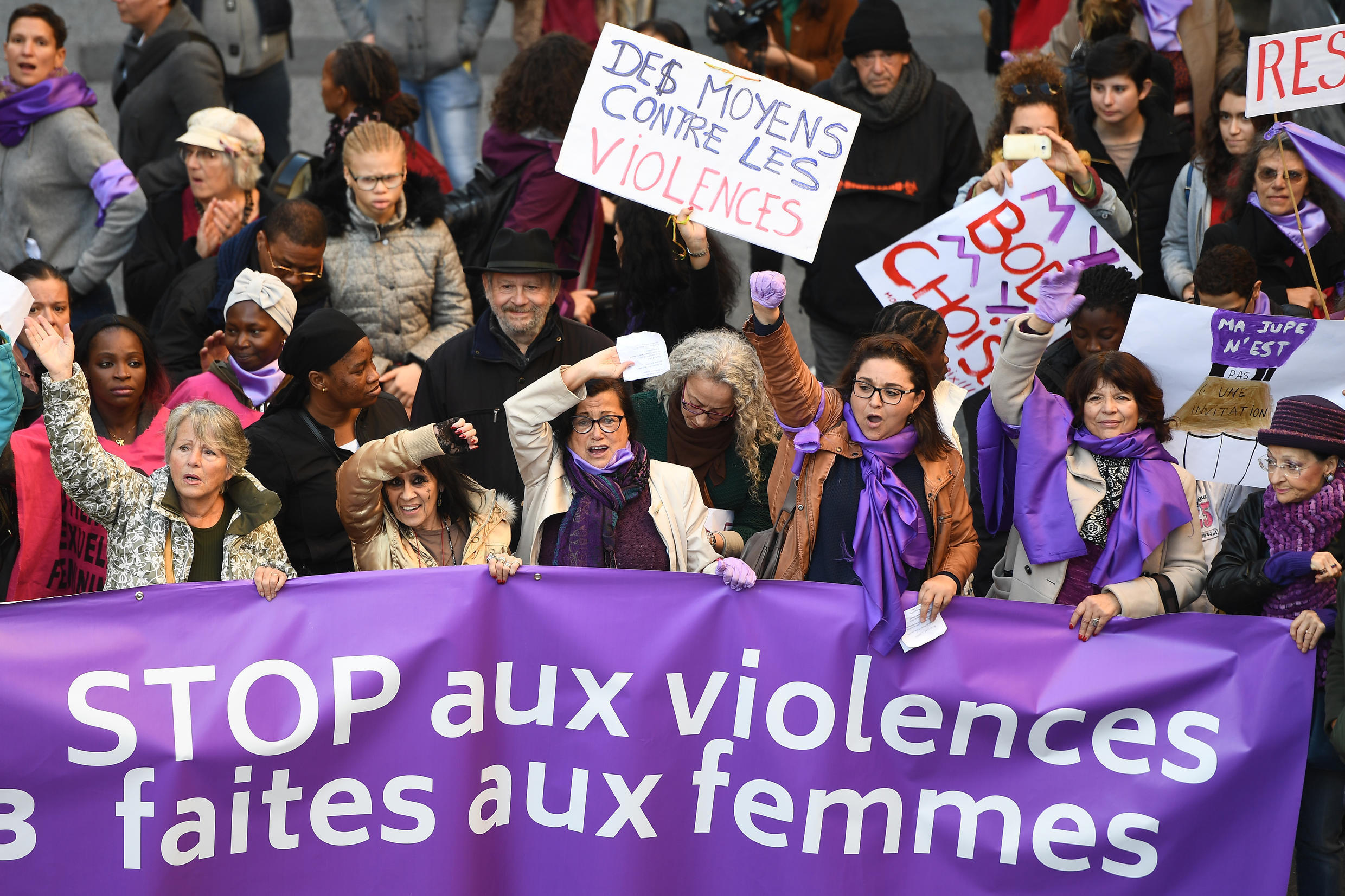 French protestors calling for an end to violence against women.