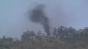 Quân đội Miến Điện lần đầu không kích quân nổi dậy Kachin. (hình qua vidéo 27-12-12)