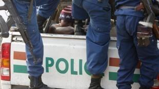 'Yan sandan Burundi da ke murkushe masu zanga-zanga