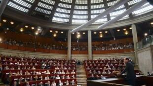 O presidente francês, François Hollande, durante a abertura da conferência social entre governo, sindicato e patrões, nesta segunda-feira, em Paris.