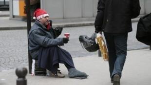 La période de l'Avent et de Noël est particulièrement difficile à vivre pour les sans-abri : en plus du froid, il faut supporter la solitude.