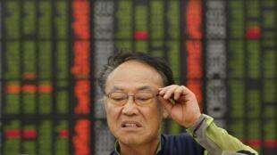 Os chineses sabem que se a economia americana afundar, eles serão os primeiros prejudicados.