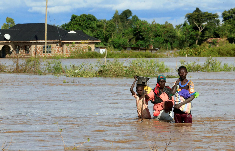 Inondations dans une région proche du lac Victoria, au Kenya, le 3 mai 2020.