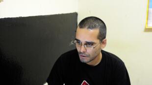 Activista angolano detido a 20 de Junho, Luaty Beirão.