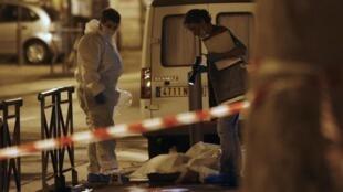 Криминалисты на месте убийства в Марселе 19/08/2013