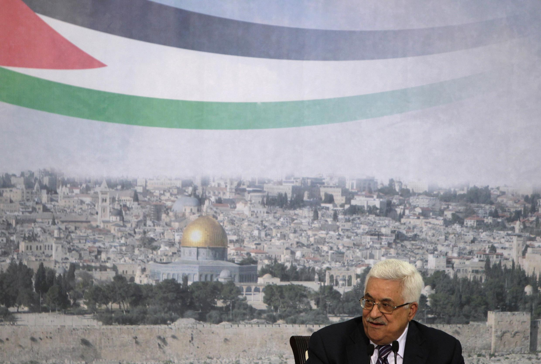Le président palestinien Mahmoud Abbas, lors de son discours télévisé, annonce son intention de demander d'adhésion du nouvel Etat de la Palestine à l'ONU, le 16 septembre 2011, à Ramallah.