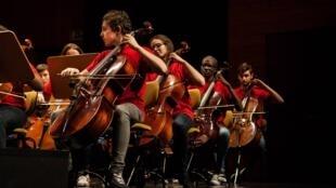 Les adolescents de l'Orchestre génération en 2016.