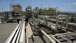 le champ pétrolier et l'usine de Tawke, dans la région kurde autonome, en Irak.
