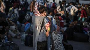 Refugiados no campo de Lesbos, na Grécia
