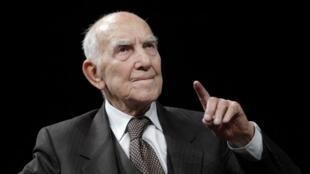 Stéphane Hessel, ici en janvier 2012 à Nantes, est décédé à l'âge de 95 ans.