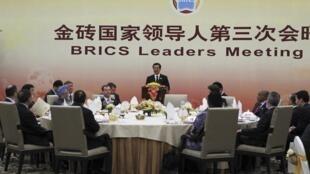 Pequeno-almoço de trabalho dos BRICS em Sanya, na China