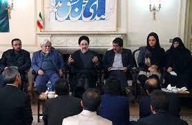 محمد خاتمی که در دیدار با اعضای شورای مرکزی فرهنگیان