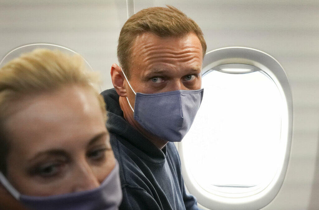 El opositor ruso Alexéi Navalni en el hospital de la Charité en Berlín, en una imagen difundida el 19 de septiembre de 2020 en su cuenta Instagram @navalny