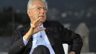 Le « professeur » Mario Monti, chef du gouvernement italien, reste combatif dans l'engrenage de la récession.
