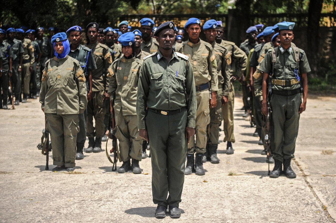 La police somalienne lors d'une cérémonie autour de l'Amisom, en 2018 à Mogadiscio (illustration).