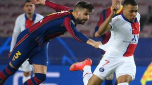 """Kylian Mbappe elegido el hombre del partido porque ''Marcó tres goles y creó peligro en cada ocasión"""", Cosmin Contra, Observador Técnico de la UEFA tras la victoria 1-4 del PSG frente al Barcelona."""
