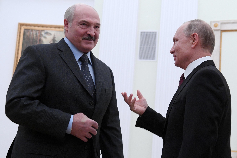 Александр Лукашенко (слева) и Владимир Путин, Москва, 29 декабря 2018