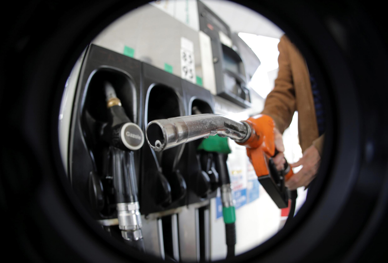 Цены на бензин во Франции за год выросли на 10-15%, дизельное топливо подорожало на 24%