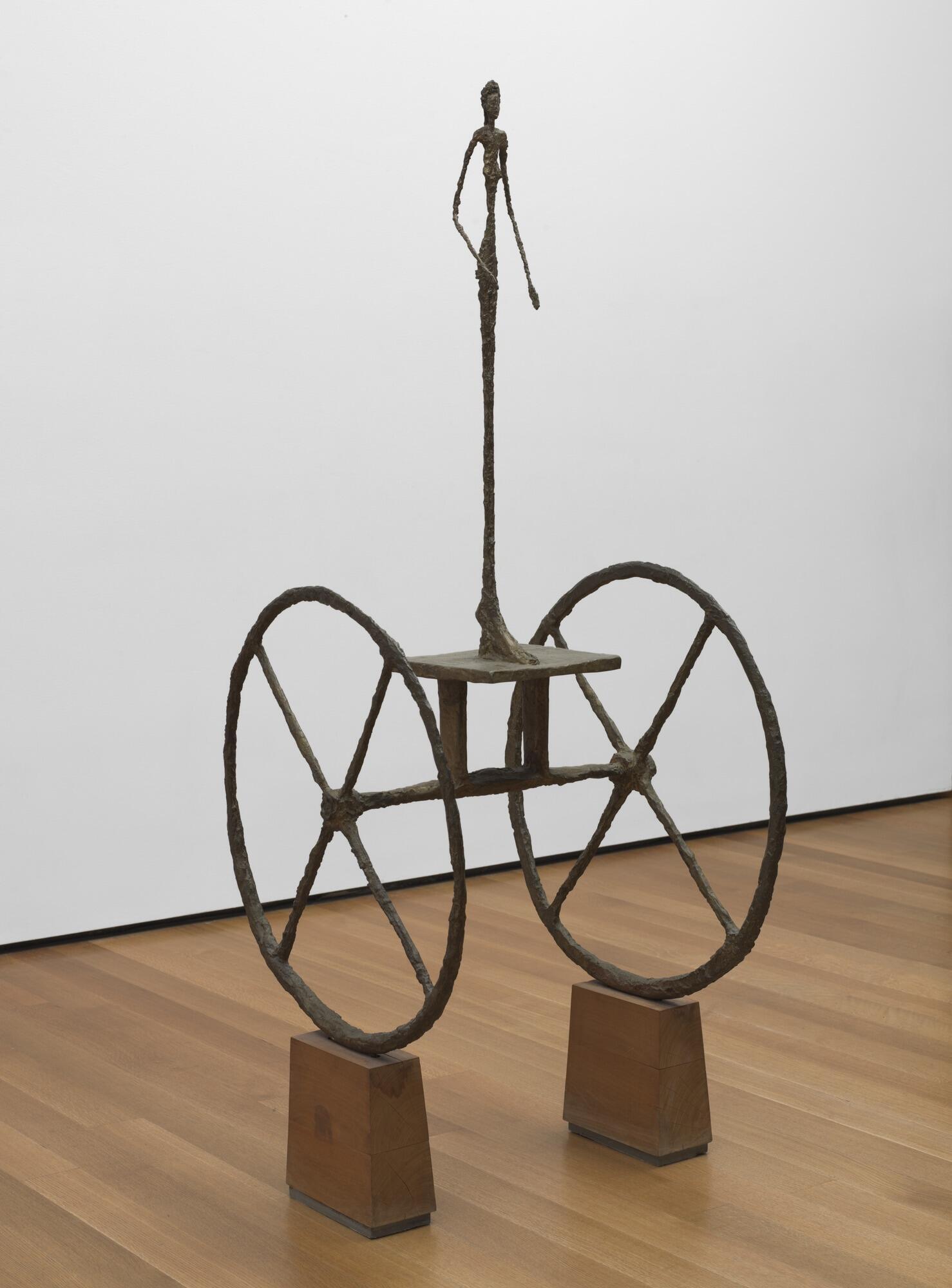 """مجسمه """"گاری"""" اثر """"آلبرتو جاکومِتی"""" از چوب و برنز - ١٩۵٠"""