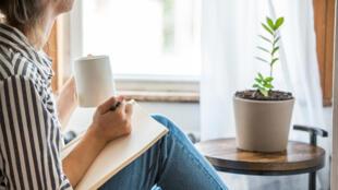Comment éviter de ressasser les pensées négatives ?