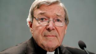 L'inculpation du cardinal George Pell est une mauvaise nouvelle pour le pape.
