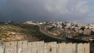Os EUA apoiam Israel em inúmeras reivindicações em seu plano de paz