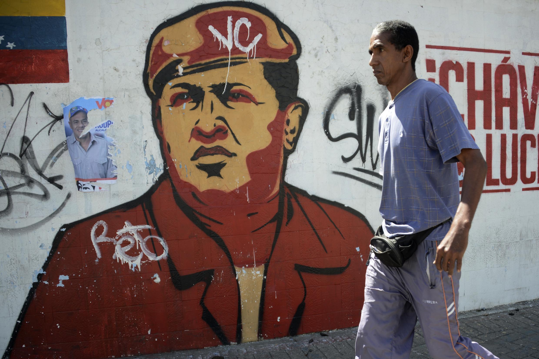 Les Vénézuéliens voteront sous le regard d'Hugo Chavez.