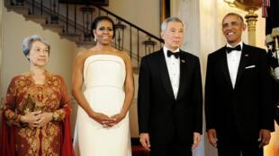 O casal Obama em recepção na Casa Branca para o primeiro-ministro de Cingapura, Lee Hsien Loong, e sua esposa, Lee Hsien Loong.