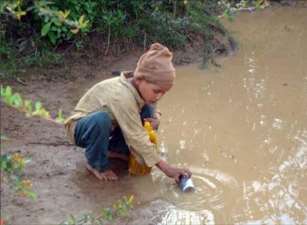 Nepal, nước sạch là một nguồn tài nguyên quý hiếm