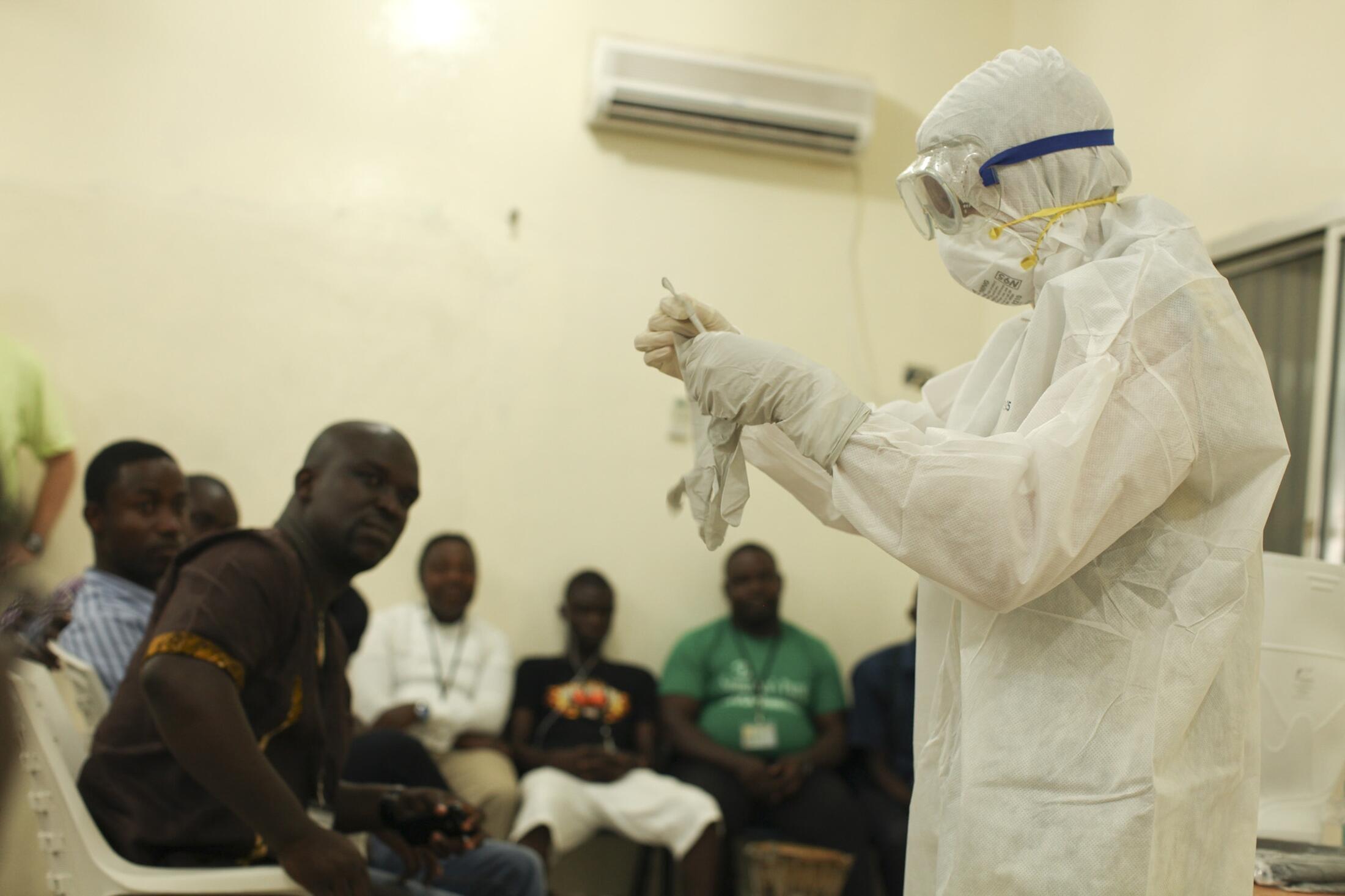 Equipa de combate ao Ébola na Libéria