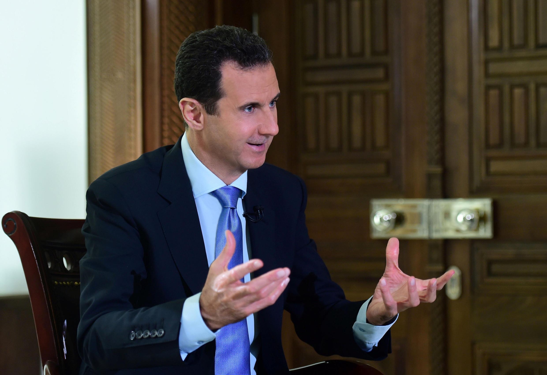 Tổng thống Syria Bachar al Assad trả lời phỏng vấn truyền hình Bồ Đào Nha, ngày 15/11/2016 (Ảnh do hãng thông tấn Syria SANA cung cấp)