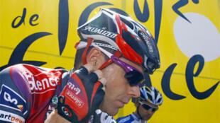 Cadel Evans se place une nouvelle fois dans la peau d'un favori pour le Tour 2011.