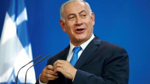 بنیامین نتانیاهو، نخست وزیر اسرائیل، در کنفرانس خبری دوشنبه ۱۴خرداد/ ۴ ژوئن ٢٠۱٨ در برلین، یکروز قبل از سفر به پاریس..